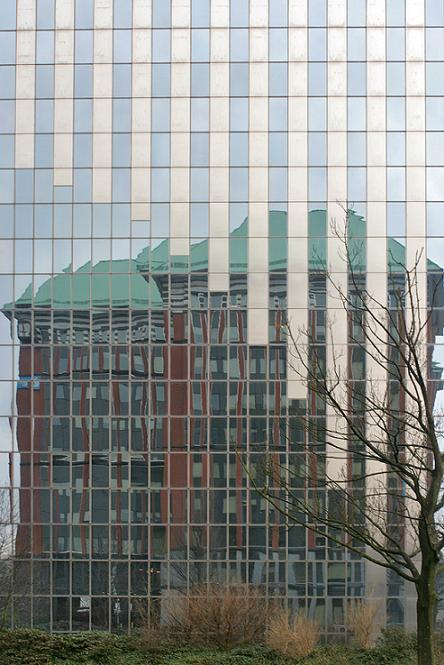 Reflecting on Architecture / creative commons licence by macropoulos - some rights reserved